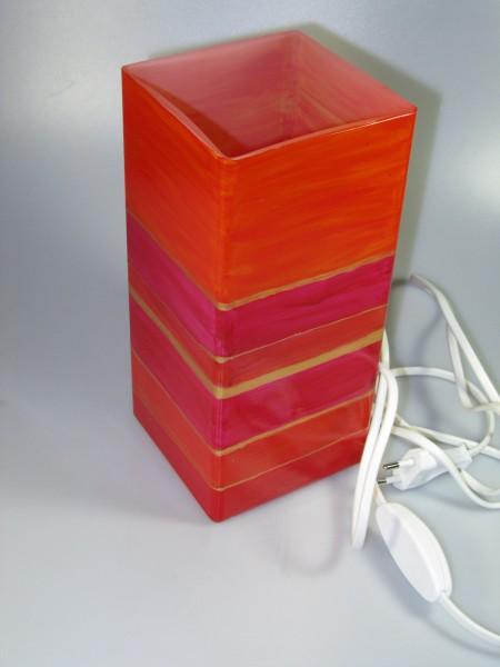 Tischlampe aus bemaltem Glas, rot mit goldenen Streifen