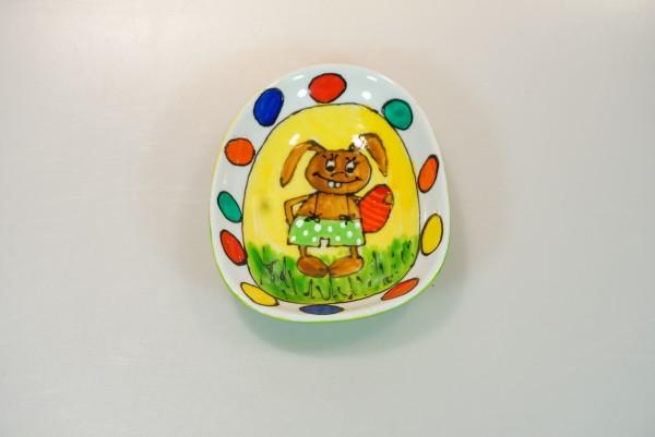 Schale Hase mit bunten Eiern